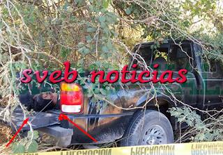 Hallan un ejecutado sobre la batea de una camioneta en Panuco Veracruz