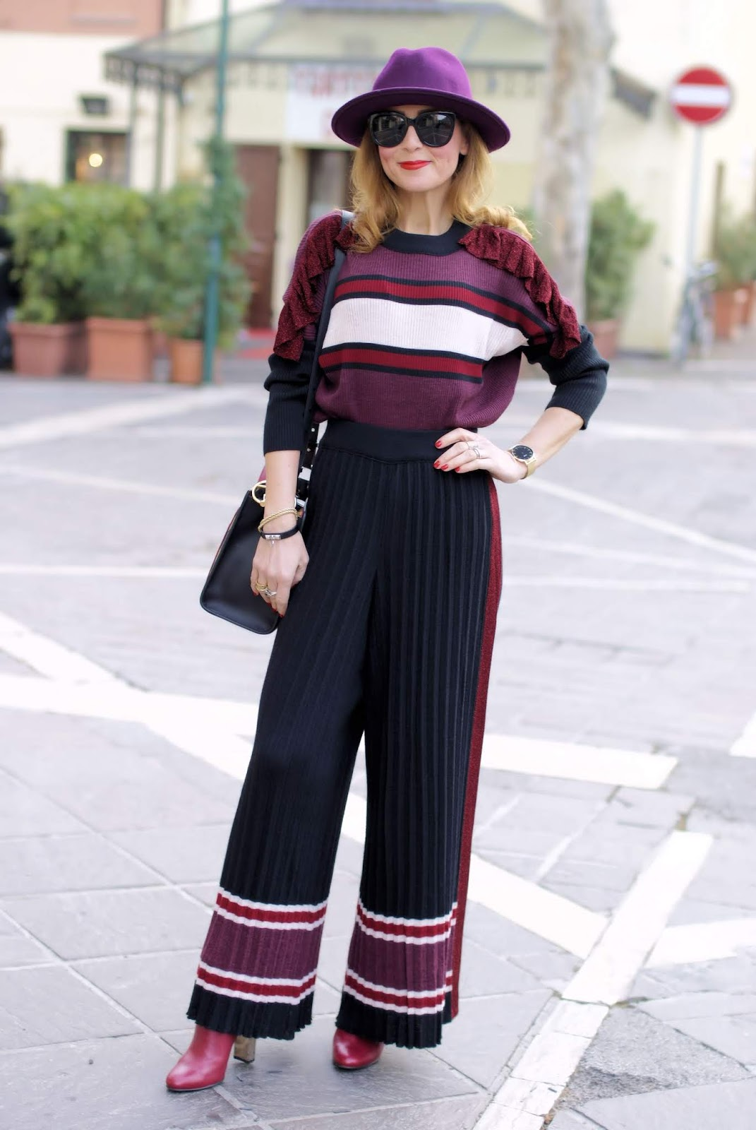 Fabi Pleated palazzo pants suit: a 70s inspiration on fashion and cookies fashion blog, fashion blogger style