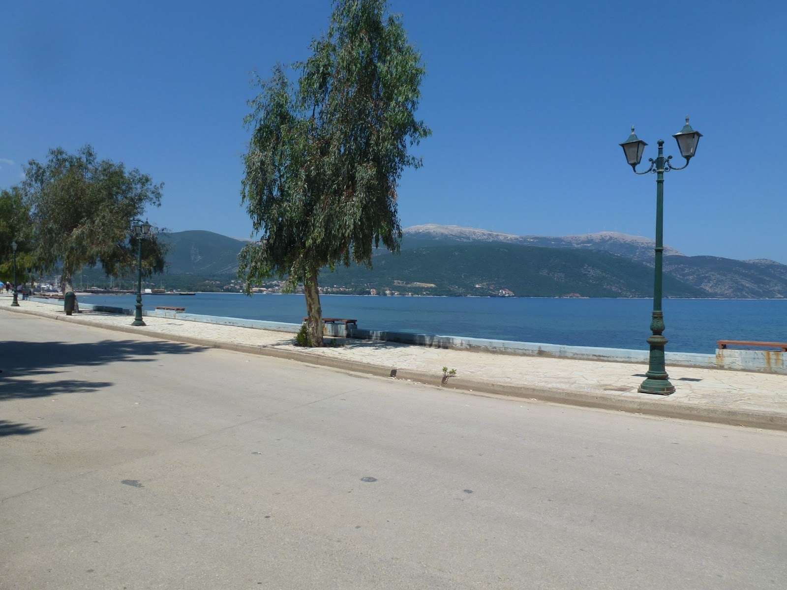 antisamos-seafront