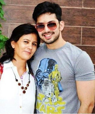 Himansh with mother Neeru kohli