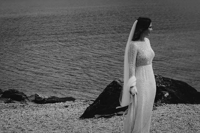 WEDDING PHOTOGRAPHY SUNSHINE COAST ELOPEMENT NZ AUSTRALIAN BRIDAL DESIGNER