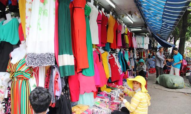 5 khu chợ quần áo chất lượng, tấp nập nhất Sài Gòn