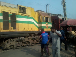 train rams into trailer in aba