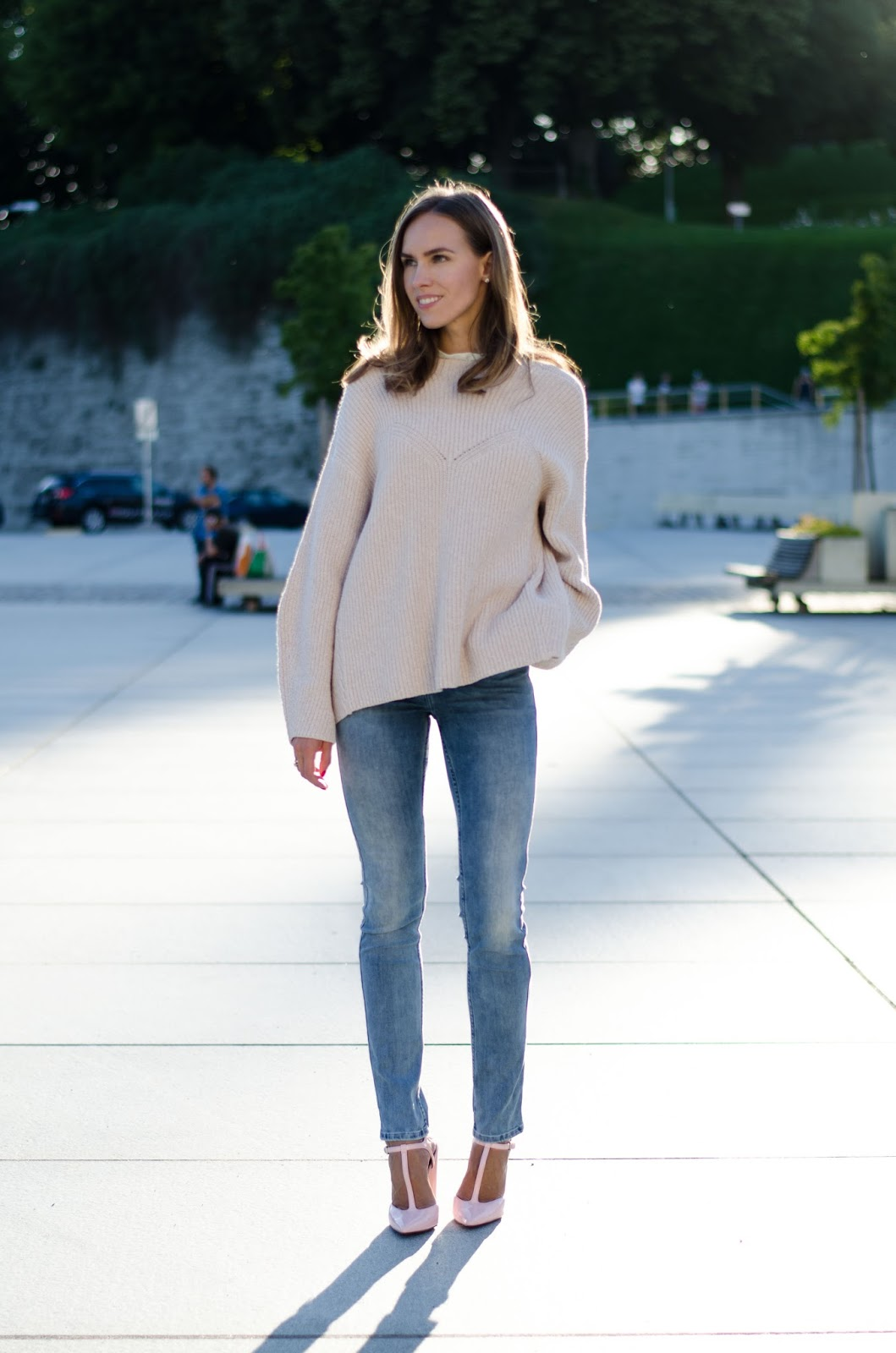 pink cable knit sweater fall outfit