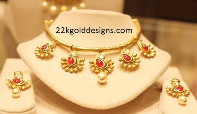Heritage look Contemporary Gold Necklace