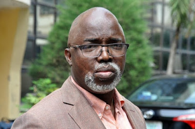 Policemen storm NFF to arrest Pinnick, others