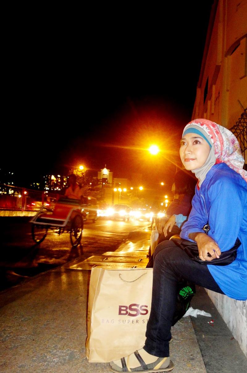 Siapa cewek Igo Cakep Githa Algian Yusnia Putri celana jenas ketat terabru model hijab manis pulang seminar
