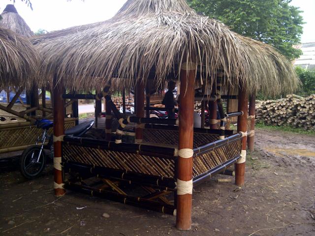 tukang saung gazebo di ciputat