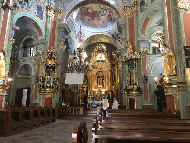 bazylika św anny w lubartowie, wnętrze kościoła