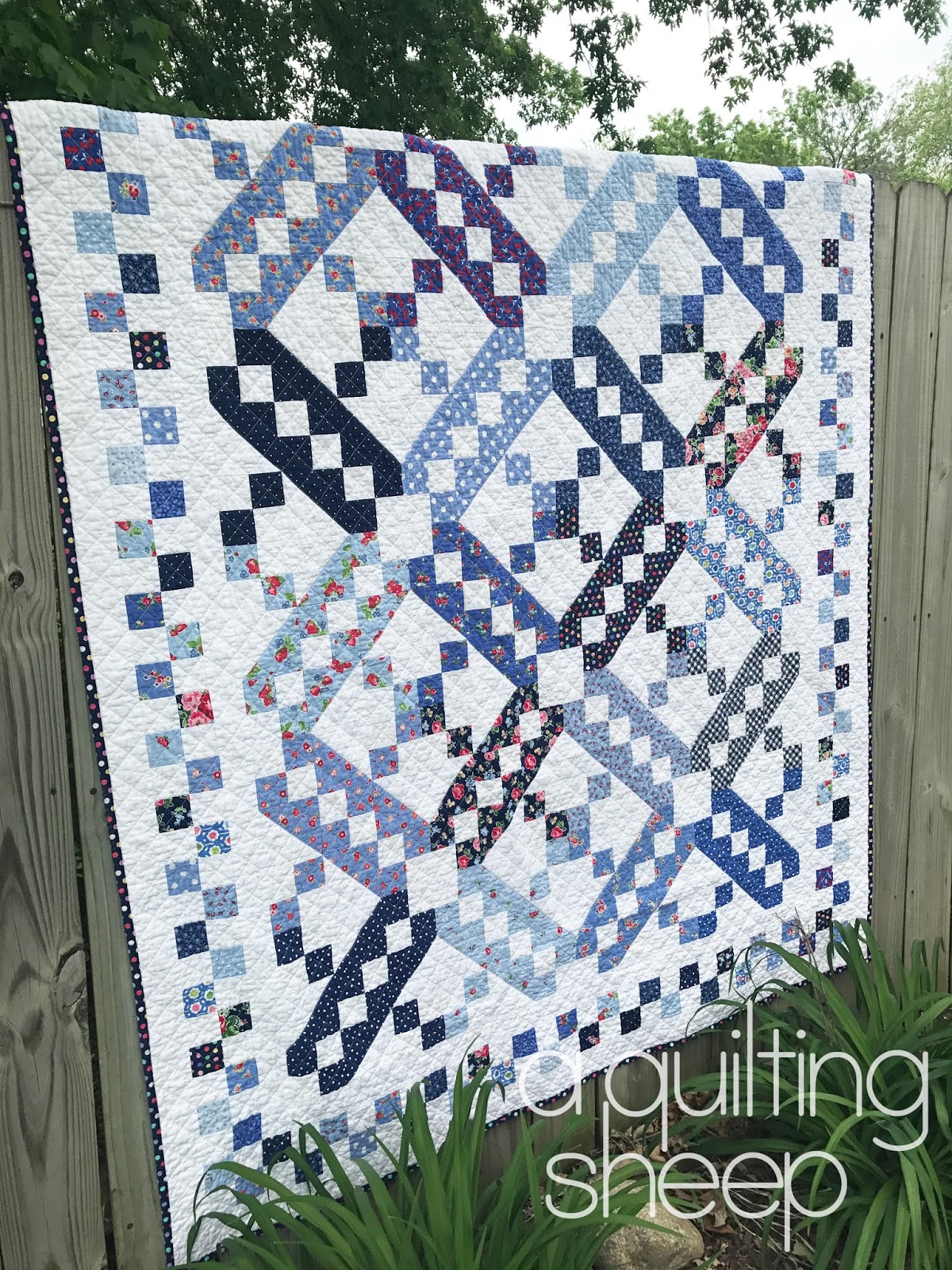 A Quilting Sheep: May 2017 : jacobs ladder quilt - Adamdwight.com