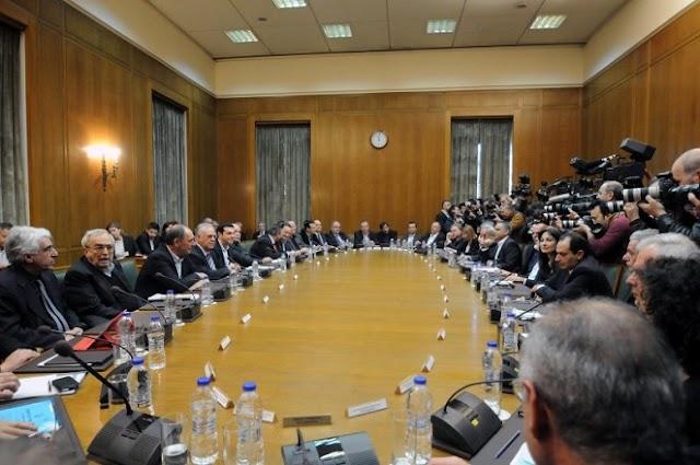 """Το πόρισμα της """"Επιτροπής Σοφών"""" για το Ασφαλιστικό στο τραπέζι του υπουργικού (Ολόκληρο το πόρισμα)"""