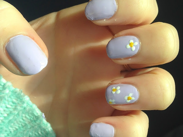 NOTD: Spring Daisies