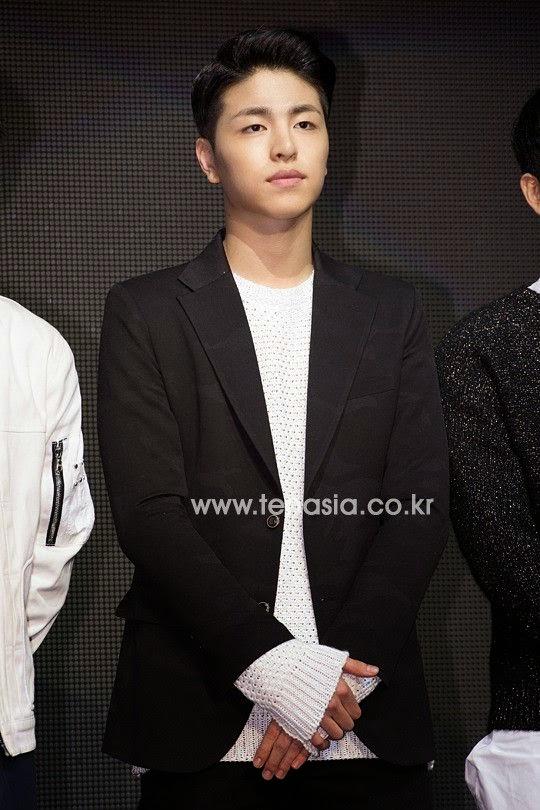 Mix & Match | YG IKON: Koo Junhoe (Photos)