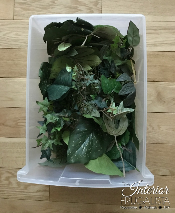 Summer Birdhouse Wreath Leaf Tub