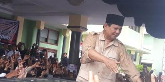 Prabowo Naik Mobil eks Pendukung ISIS, BPN: Apa Melanggar Hukum?