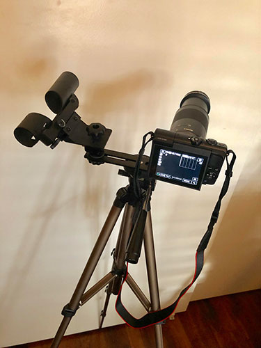 This lightweight tripod, camera and red dot finder is the initial eclipse chasing set (Source: Palmia Observatory)