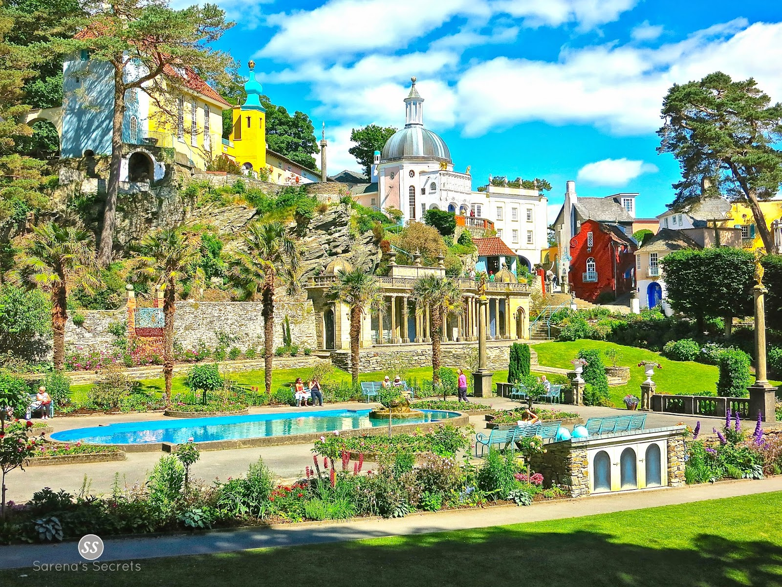 Very Cute Couple Wallpaper Sarena S Secrets Lovely Day In Portmeirion