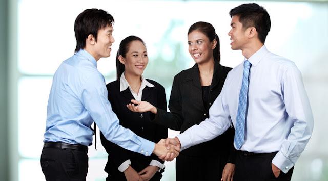 Ciptakan kesan Pertama Bekerja Menjadi Mempesona Dengan 2 Cara Ini