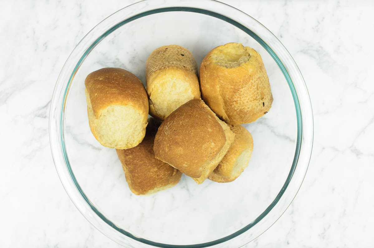 dinner rolls biscuits