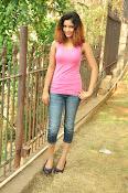 Aarthi glamorous photo gallery-thumbnail-26