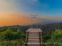Senja di Puncak Gunung Gedhe Laharpang Puncu Kediri