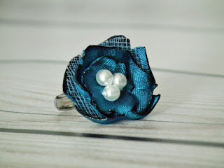 pretty new forever sweethearts teal pearl flower ring
