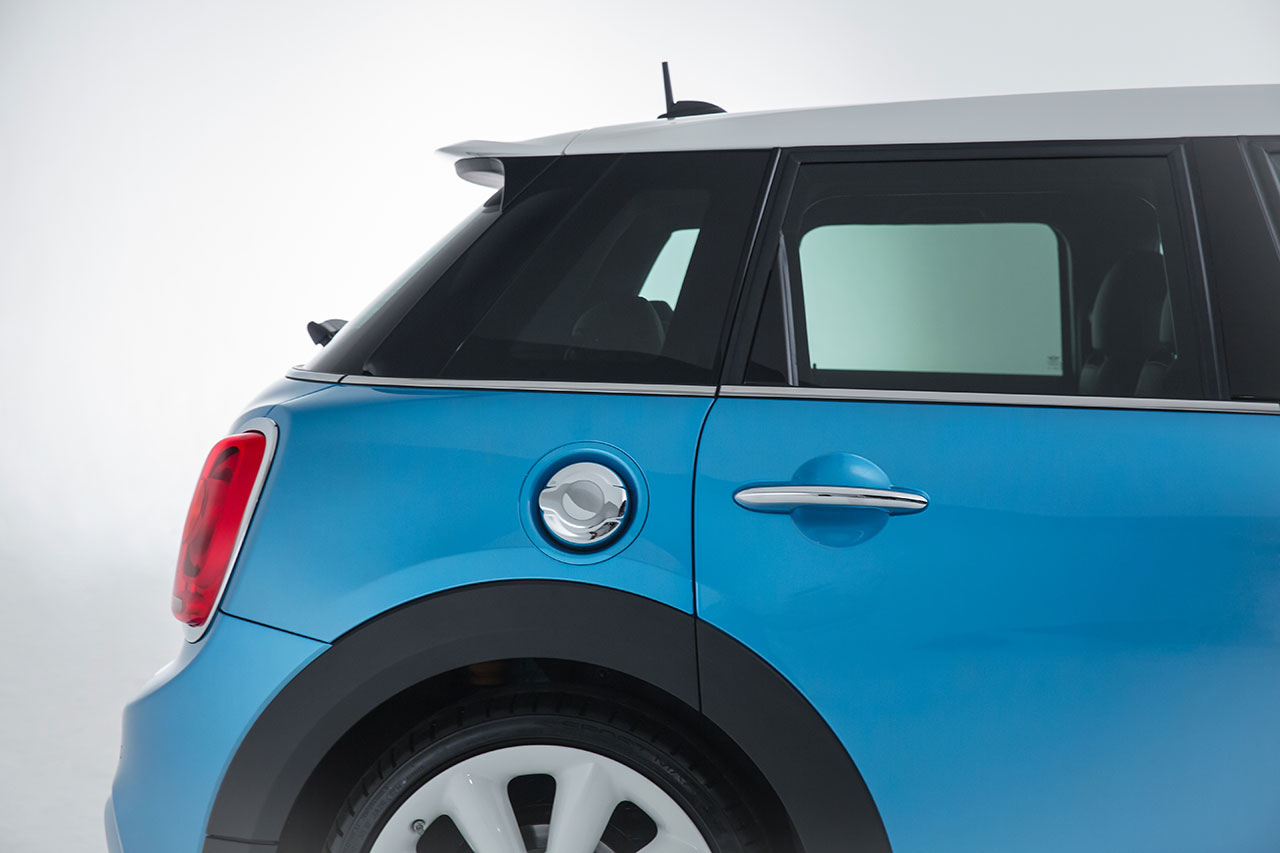 Mini Cooper 5-door Hatch detail