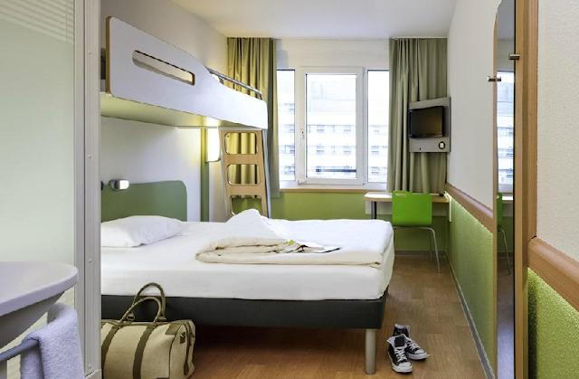 Ibis Budget em Amsterdã - quarto