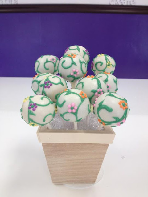 Summer Garden Inspired Cake Pops by Kuchen Pops