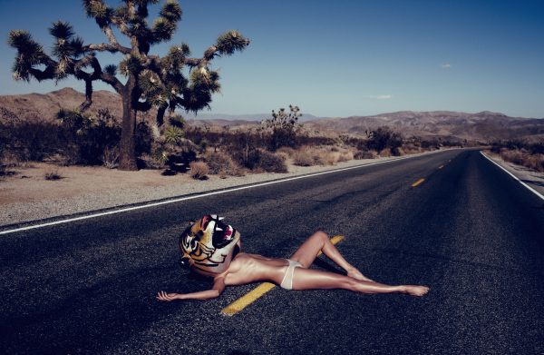 top hot model Wanda Orme sexy bikini pose Photoshoot