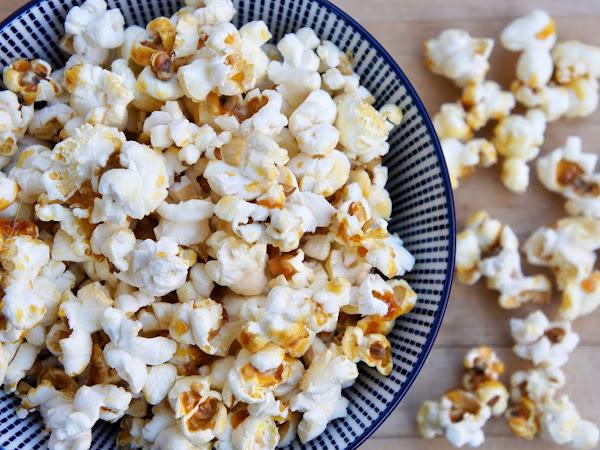 Rezept für selbstgemachtes Popcorn wie im Kino ohne Maschine/Mikrowelle