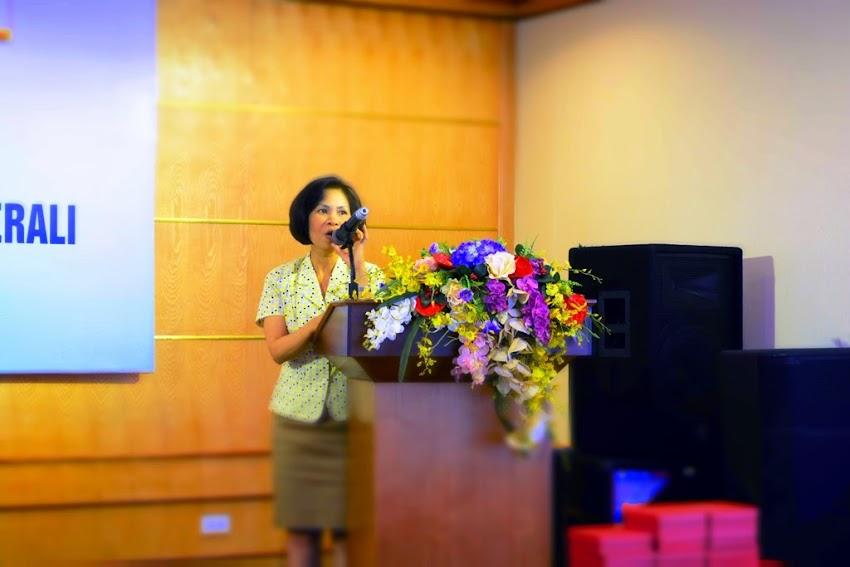 Bà Nguyễn Thị Tuyết phó ban công tác chính trị và công tác học sinh sinh viên, ĐHQG phát biểu