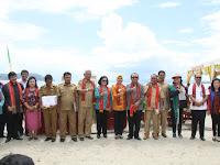 Wow ! Pantai Lumban Bulbul Tak Kalah Indah dari Bali