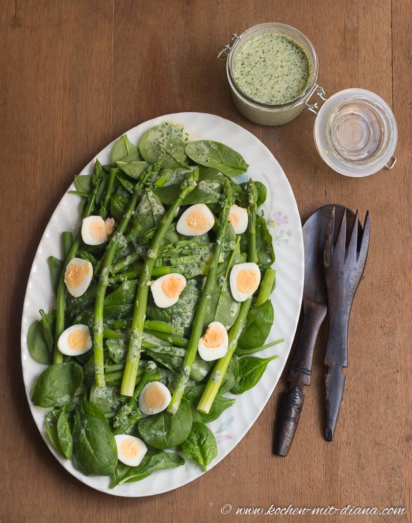 spinat spargel salat mit wachteleier kochen mit diana. Black Bedroom Furniture Sets. Home Design Ideas