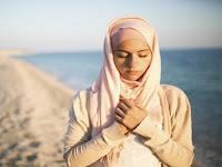Sifat Pendiam, Ini Manfaatnya Bagi Muslimah