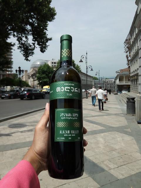Wisata kuliner Tbilisi Georgia 3. (source: jurnaland.com)