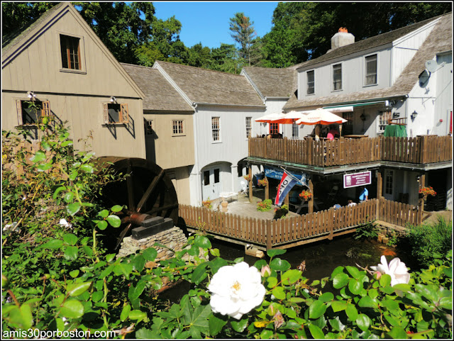 The Plimoth Grist Mill
