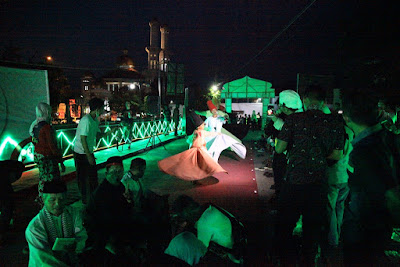 Tari Sufi memeriahkan Bukber on the lodji brug