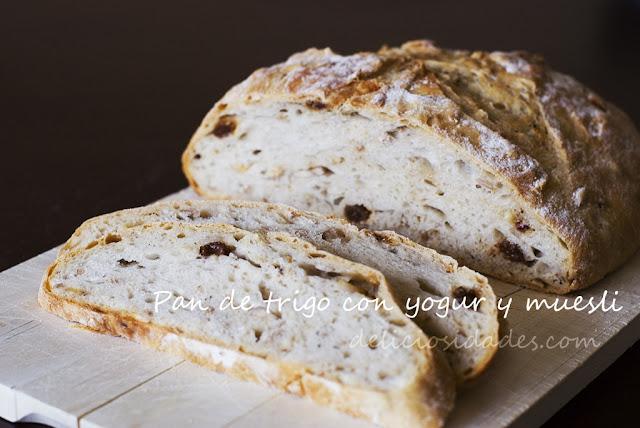 deliciosidades - Pan de trigo con yogur y muesli