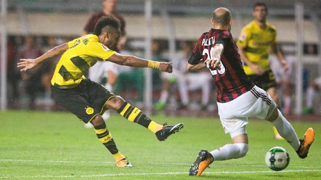 Dortmund Mengatakan Aubameyang Tak Akan Pergi
