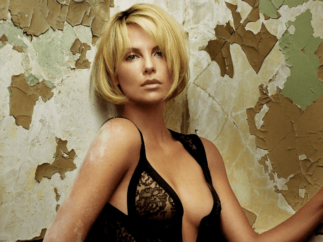 Charlize Theron American Hollywood Actress Hot HD Wallpaper Photo Images