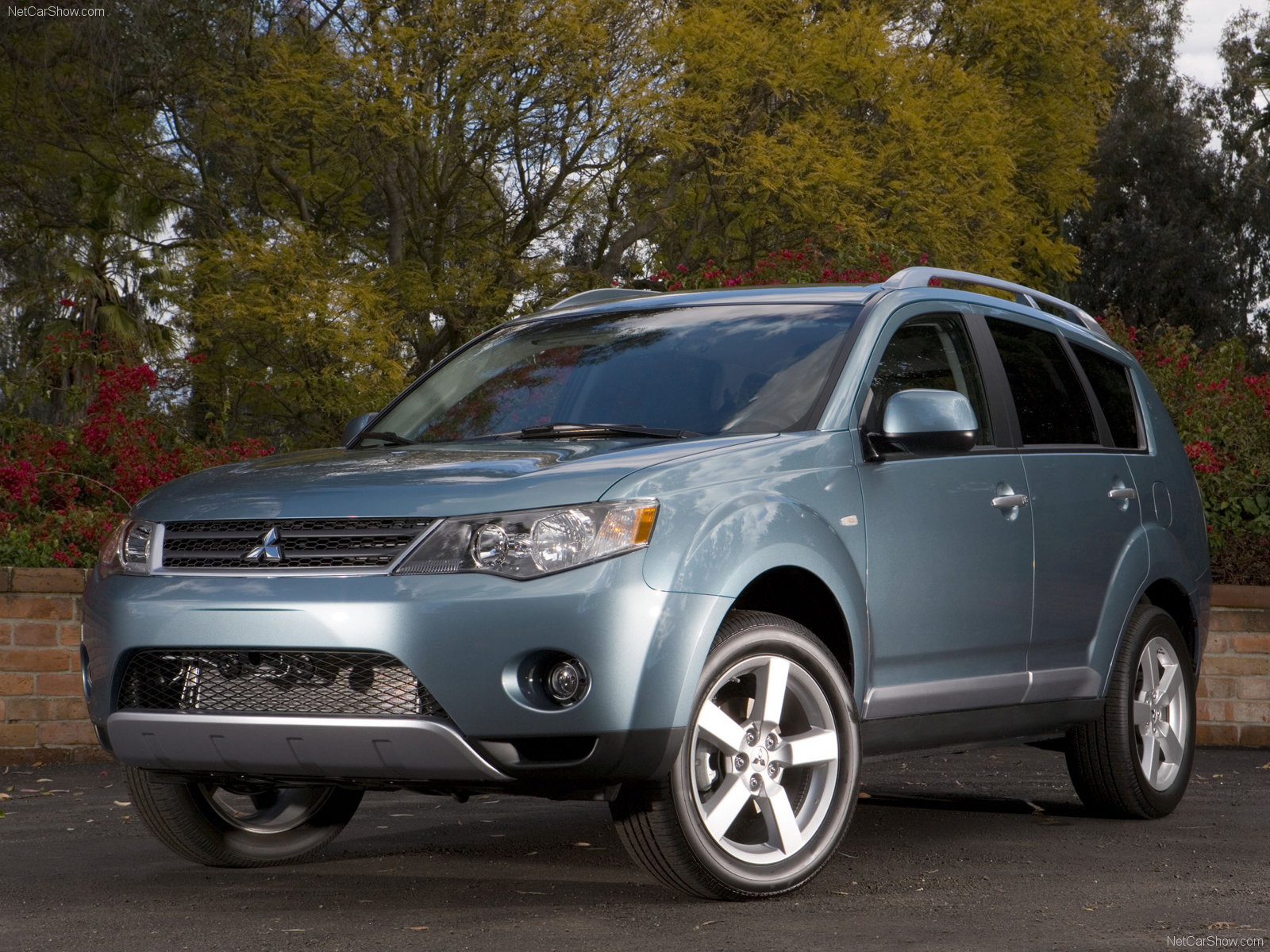 Choose wisely! Mitsubishi Outlander (second generation) | Car guy's