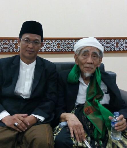 Menyampaikan Tafsir yang Benar, Kiai Ishomuddin Diberhentikan dari Kepengurusan MUI