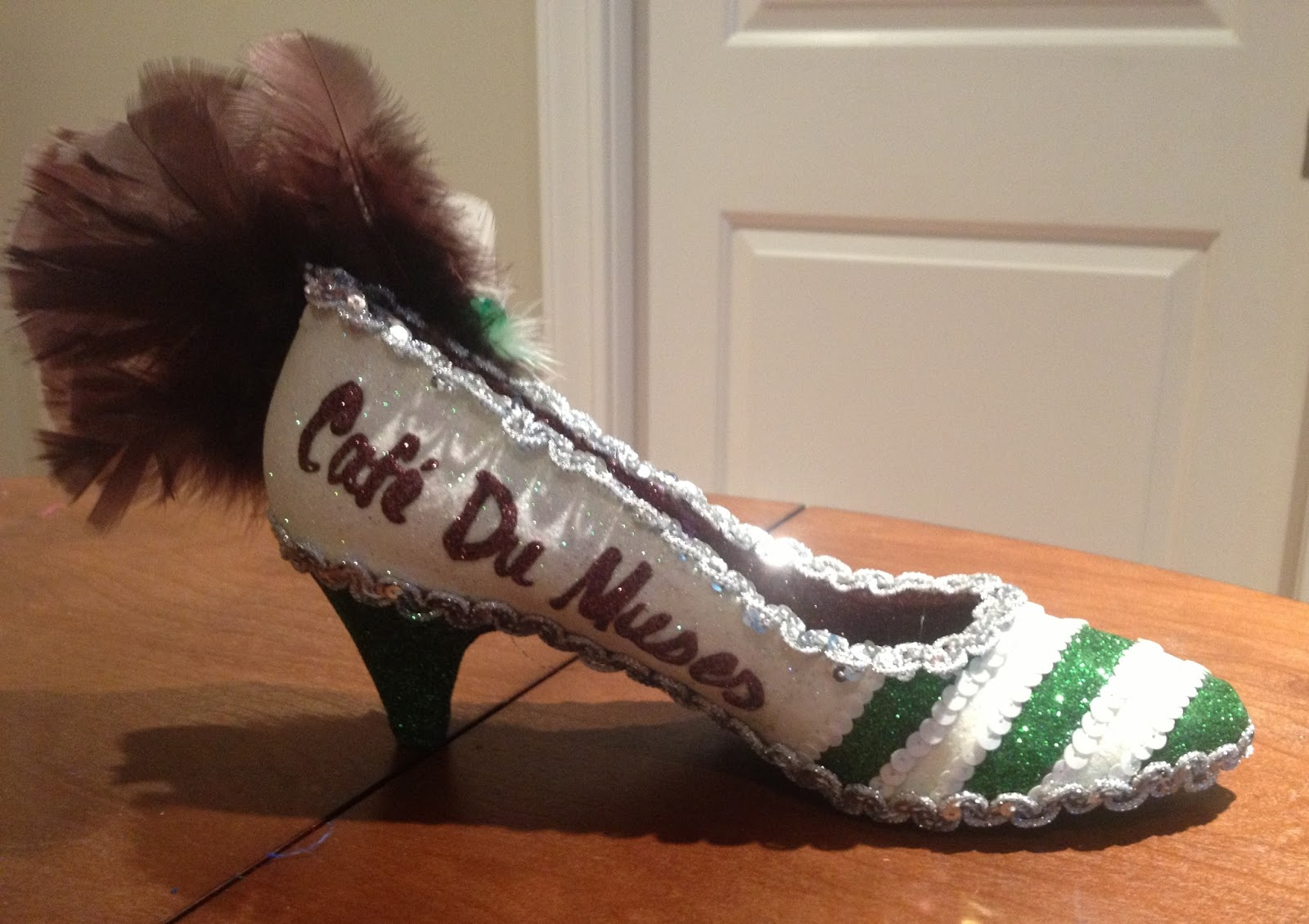 Confessions Of A Glitter Addict Order Up Cafe Du Muses Shoe