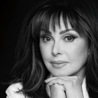 Naomi Judd age, daughters, husband, book, river of time, young, illness, songs, larry strickland, movies, wiki, biography