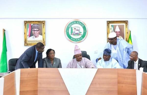 Bill Upgrading Moshood Abiola Polytechnic To University Signed By Gov.Amosun