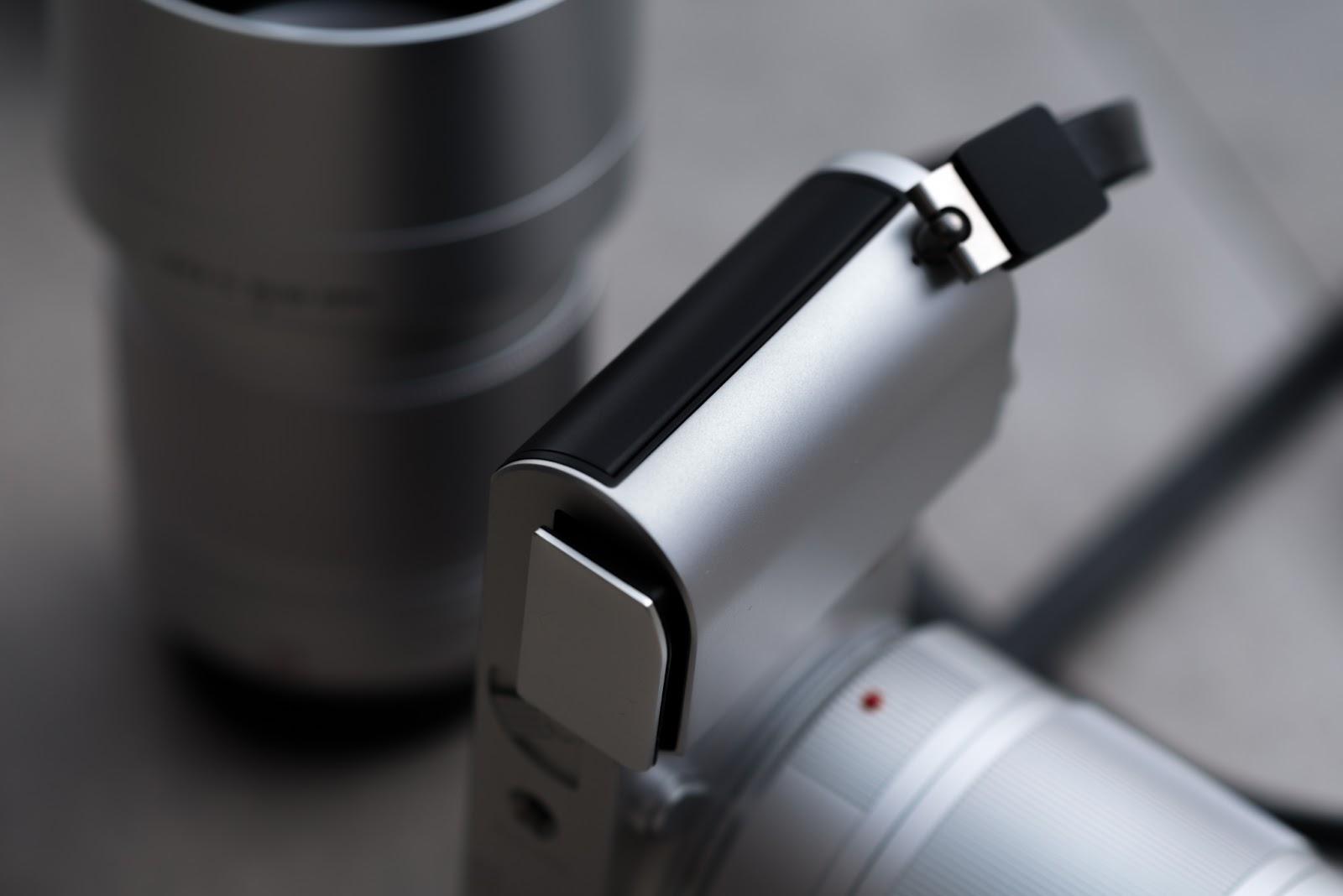 Батарея в Leica TL2
