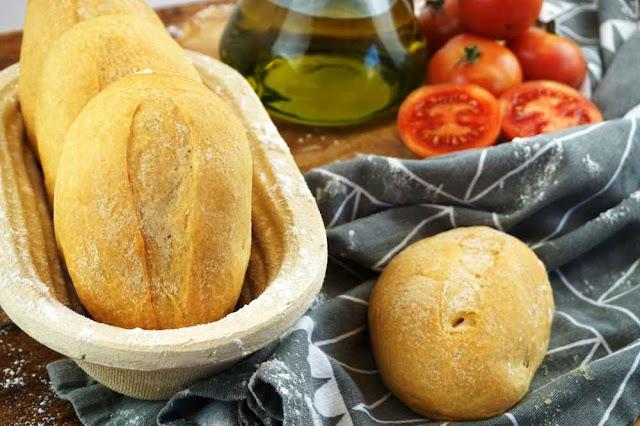 Panecillos de aceite o panets d´oli de Mallorca