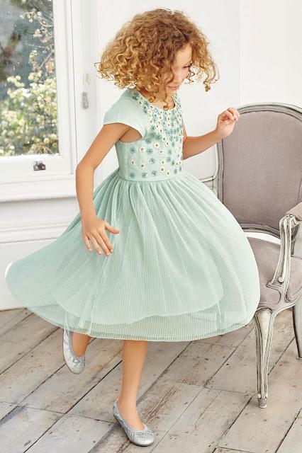 vestidos de niña elegantes