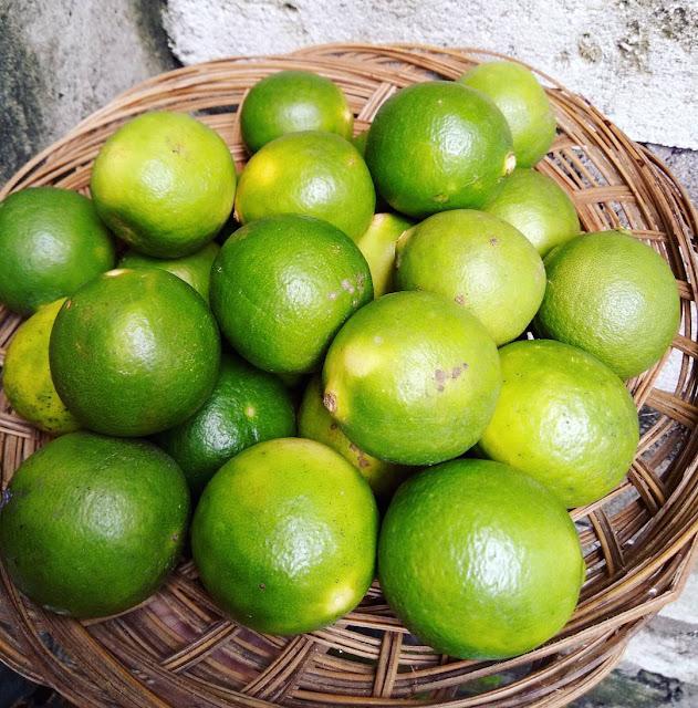 Cuka Apel Dengan Jeruk  Nipis untuk wajah